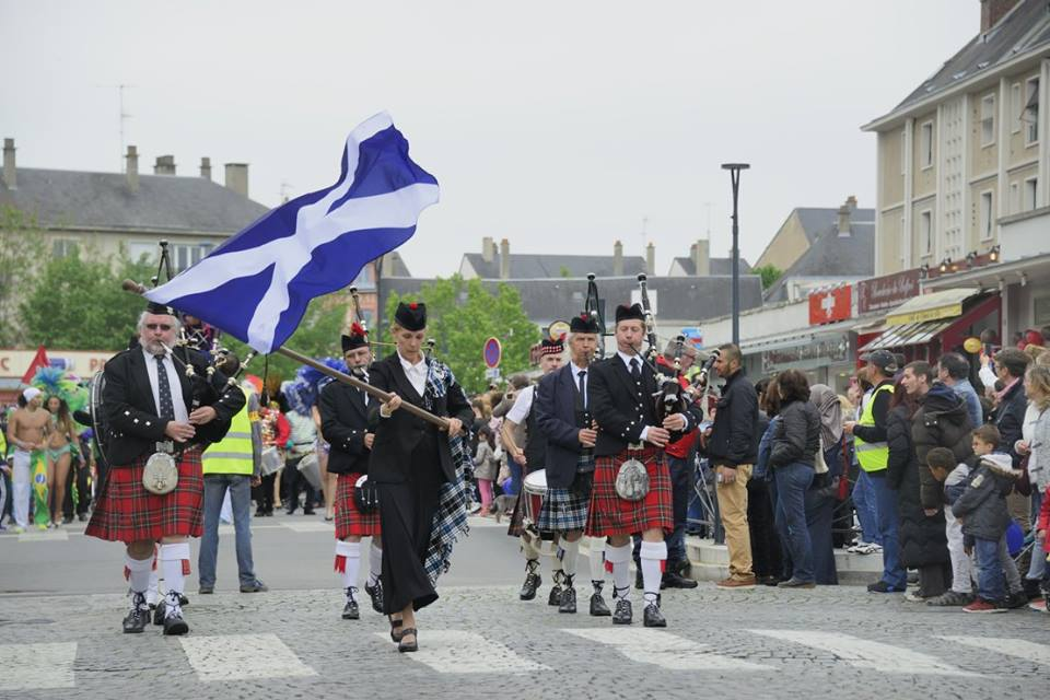 Pipe band à Evreux